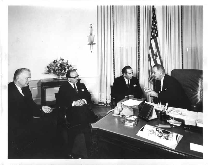 http://www.lbjf.org/img/whpo-cont/192480-img-whpo-cont-1963-11-29-8274-a.jpg