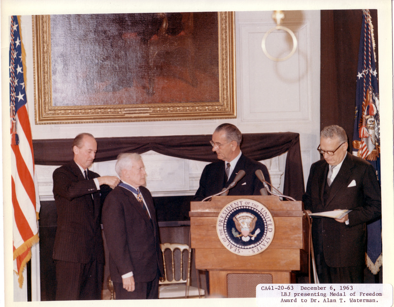 http://www.lbjf.org/img/whpo-cont/192480-img-whpo-cont-1963-12-06-ca41-20.jpg