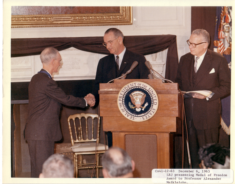 http://www.lbjf.org/img/whpo-cont/192480-img-whpo-cont-1963-12-06-ca41-12.jpg